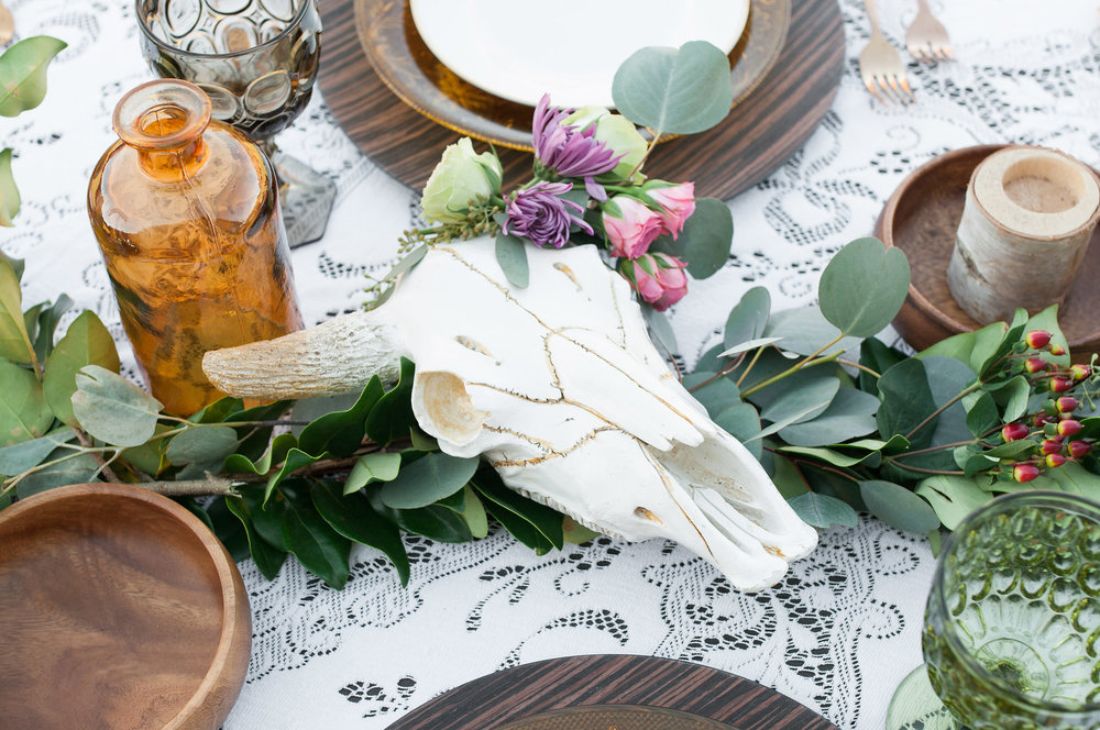 Boho table with cattle skull