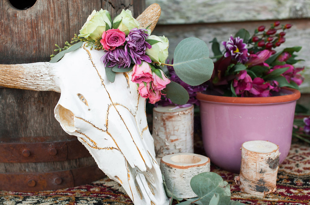 Boho Cattle Skull Wedding Decor