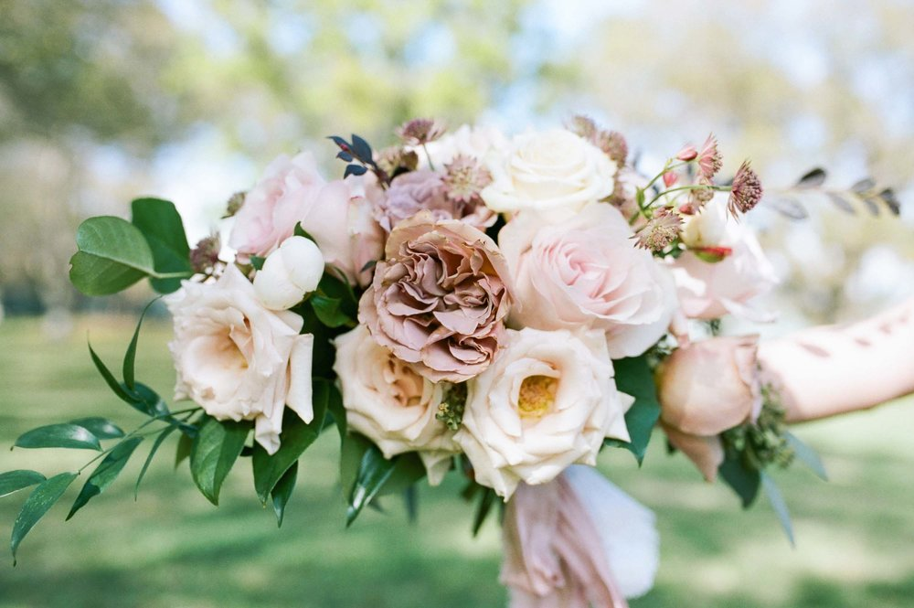 Ever-After-Vintage-Weddings-Spring-17.jpg