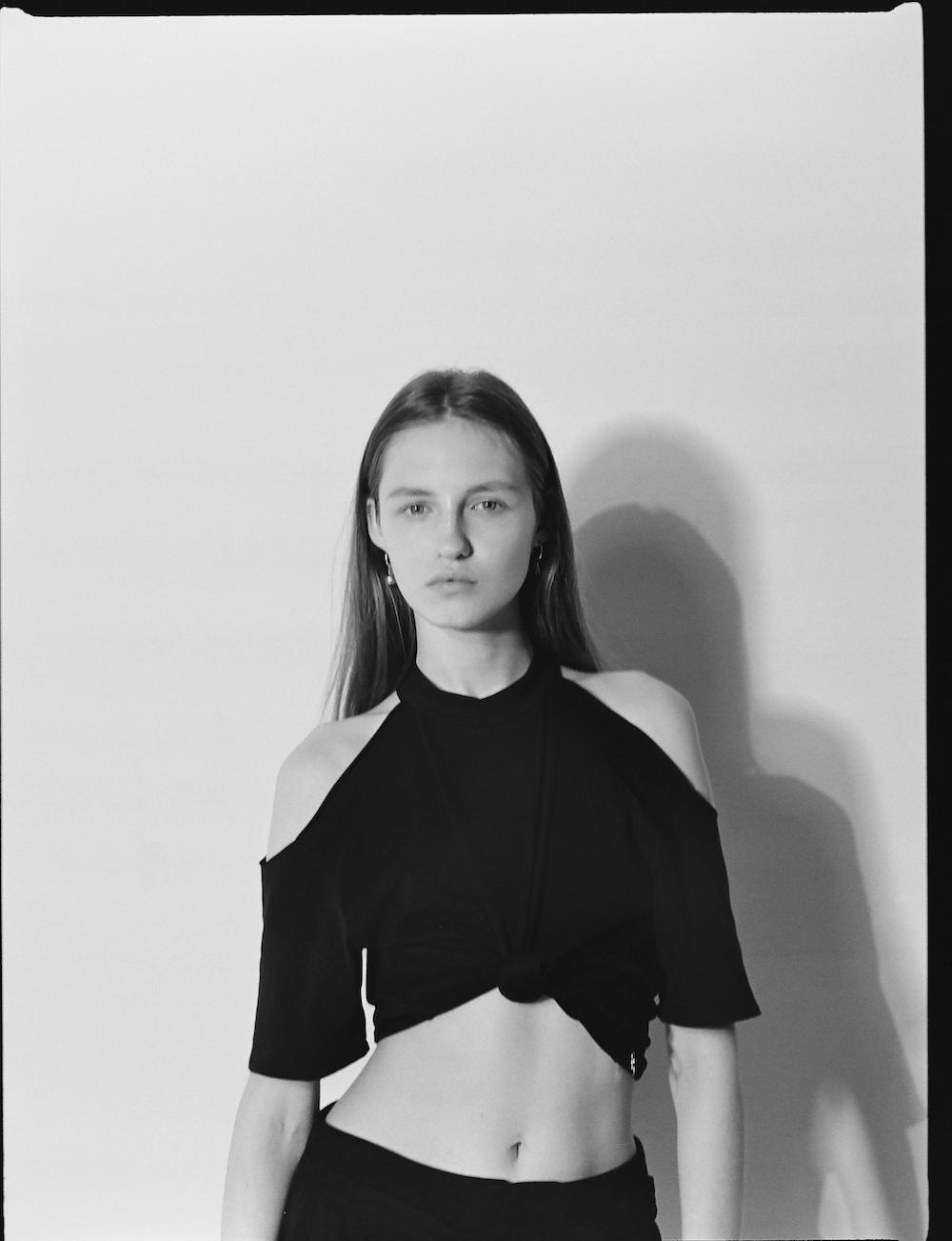 radykalnie-czarna-kolekcja-ani-kuczynskiej-body-image-1490608870.jpg