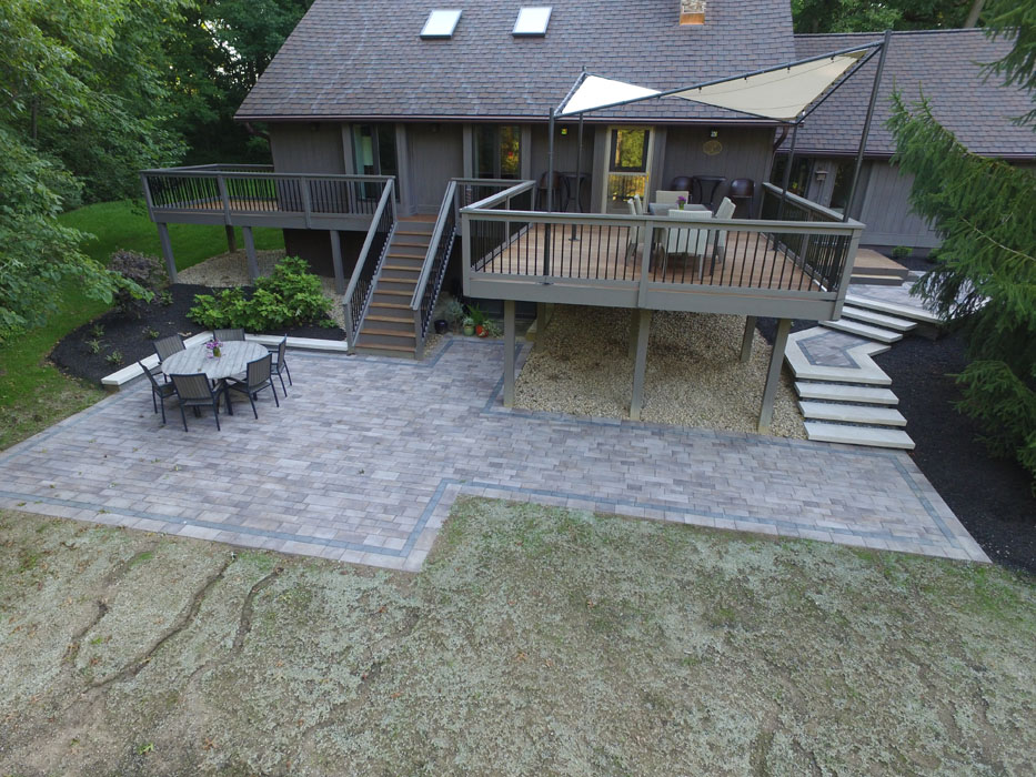 Parthamare Custom Paver Patio