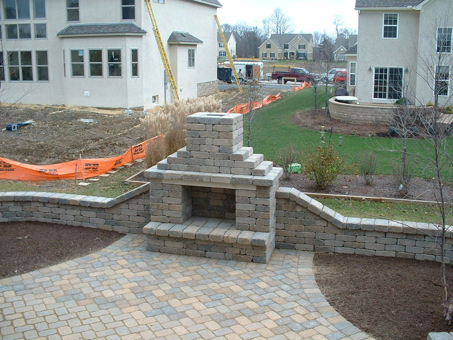 Davies Custom Outdoor Fire Place