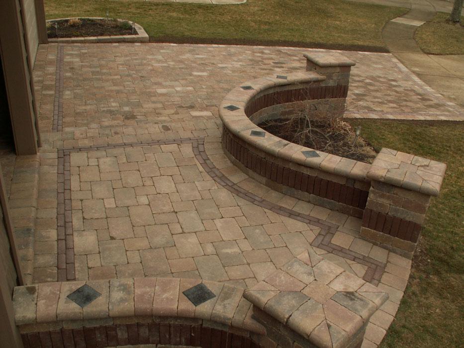 9Trees_Alden Walkway Front Entry_1200.jpg