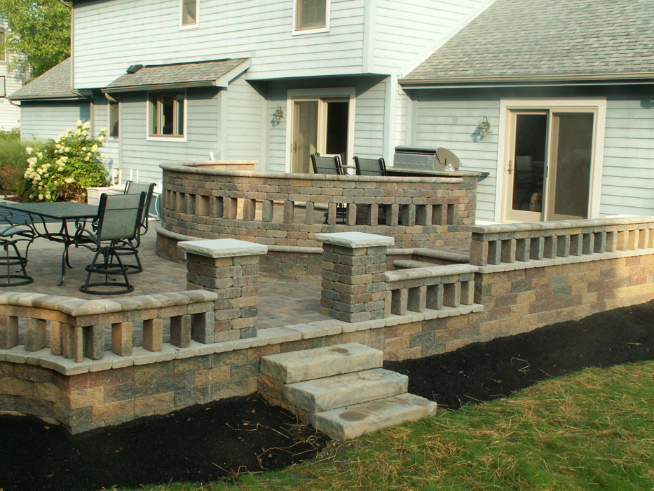 Schroeder Custom Walls and Patio