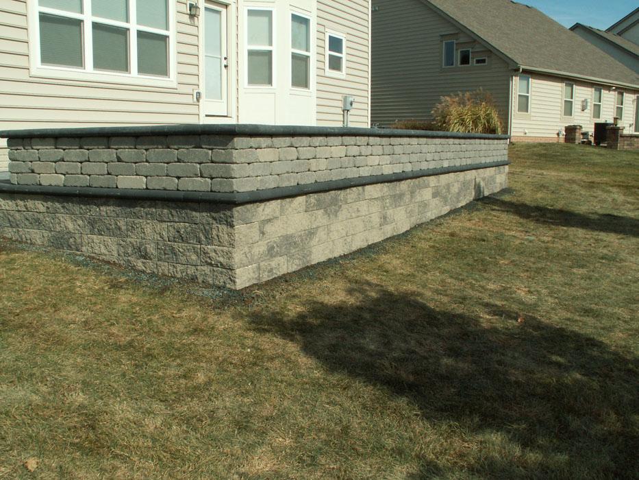 Ny Retaining Wall with Seat Wall