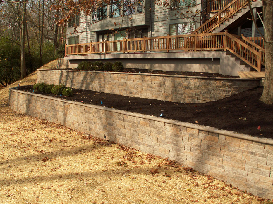 Lippold Tiered Retaining Walls
