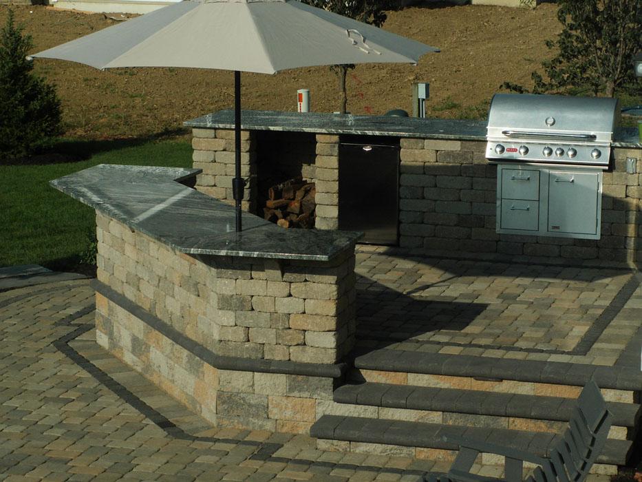 Buchanan Outdoor Kitchen and Bar