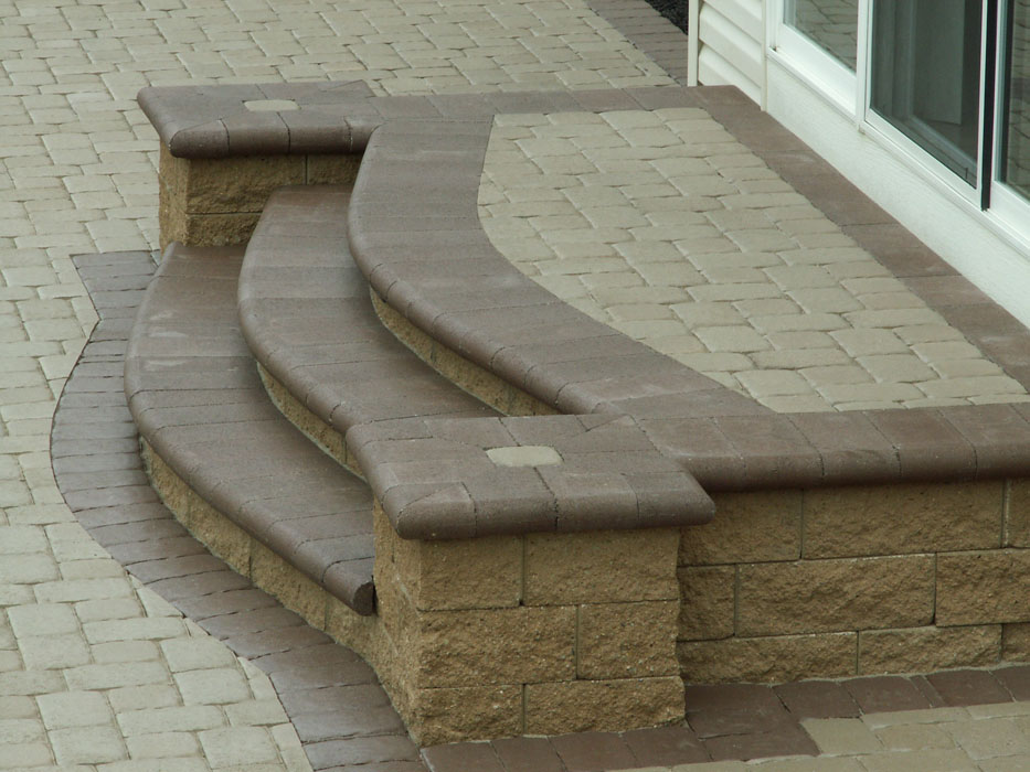 Miller Glen Steps with Flush Column Build Outs