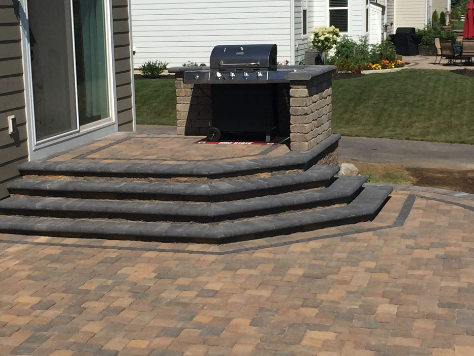 Cramm Upper Level Grilling Station Steps
