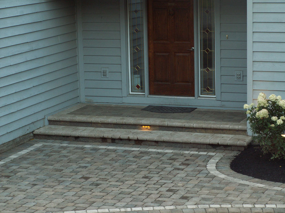Carbone Front Steps