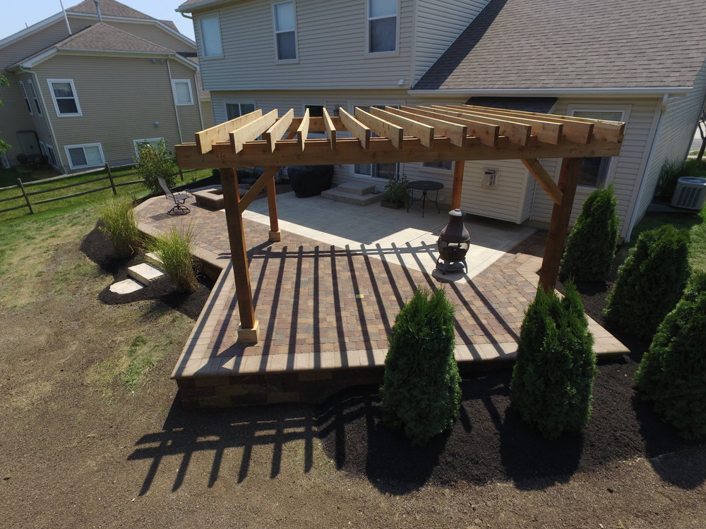 Herndon Plain City Pergola 16' x 16'