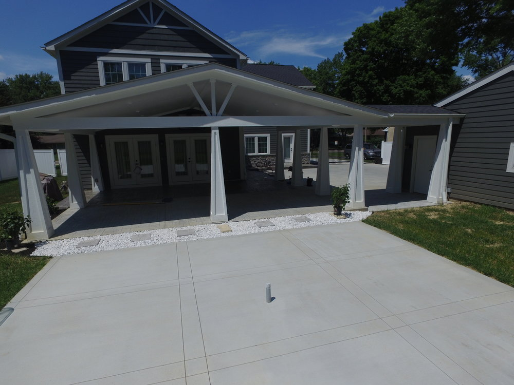 Gonzalez Upper Arlington Covered Porch