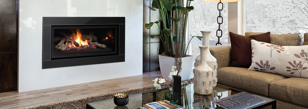Photo of the Regency U900E Fireplace.