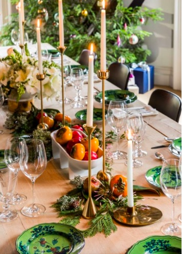 1stdibs - Sara Story - Dining Table Close Up.jpeg
