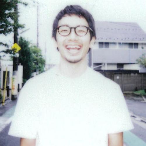 清水貴栄 | Takaharu Shimizu  映像ディレクター/コラージュ作家   コラージュから生まれる独自な世界観で、映像からグラフィック、プロダクトまで演出する。アーティストのミュージックビデオやアートワーク、メルセデスベンツのWEBCMや、MTVのStation ID、BS Asahiのテレビ番組のオープニング映像などを制作。コラージュ作家としてNHKの番組にも登場し注目を浴び、映像作家100人2014(BNN出版)に掲載された。またライフワークとして、コラージュのワークショップを日本各地で開催し、ものづくりの場から生まれるコミュニケーションと、新しい表現について思考を深めている。     http://www.shimizutakaharu.com/about/