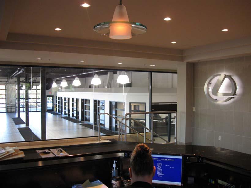 Lexus-Service-Center-01.jpg