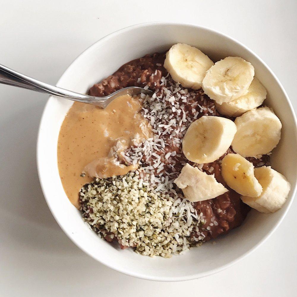 Five Quick & Healthy Breakfasts || goodfortheswole.com