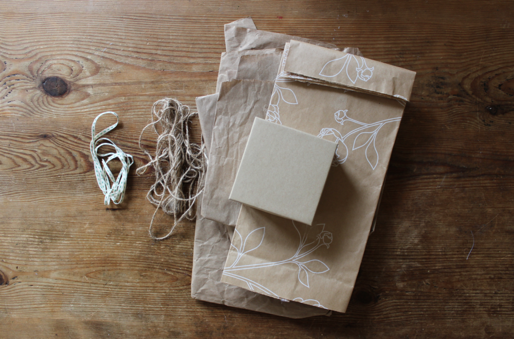 Wrap gifts with reused materials to stay zero waste | Zero Waste Chicago