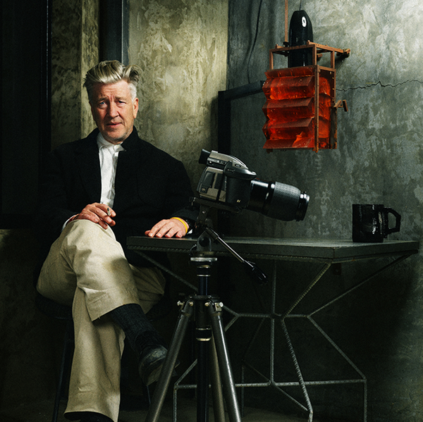 david_lynch_sitting.jpg