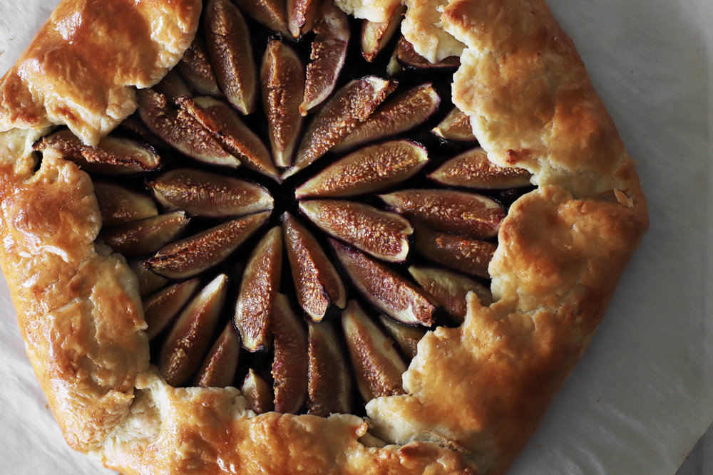 galette with lamb, caramelized onions, and fig