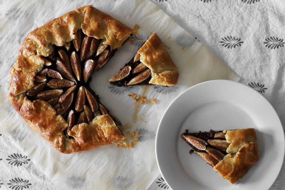 fig galette with lamb & caramelized onions