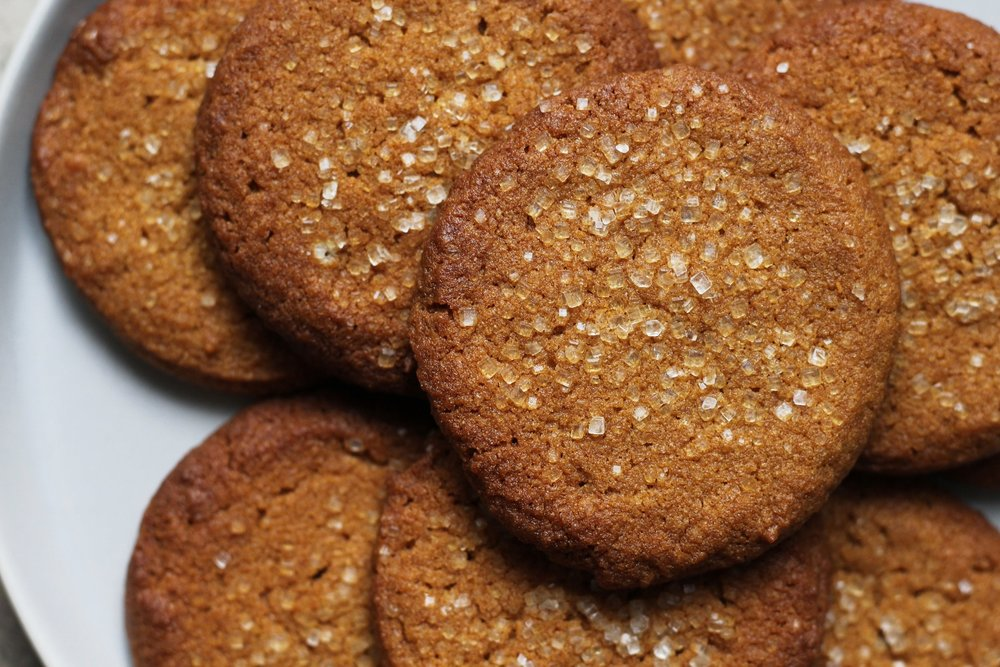 tahini molasses cookies