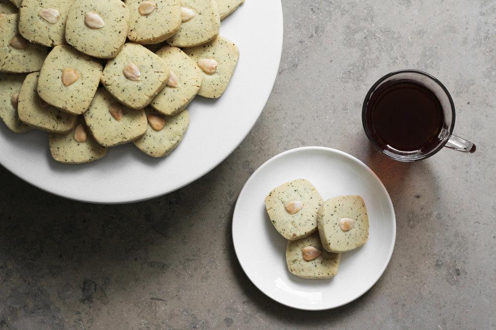 cardamom and tea ghraybeh