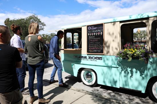 ice cream truck.png