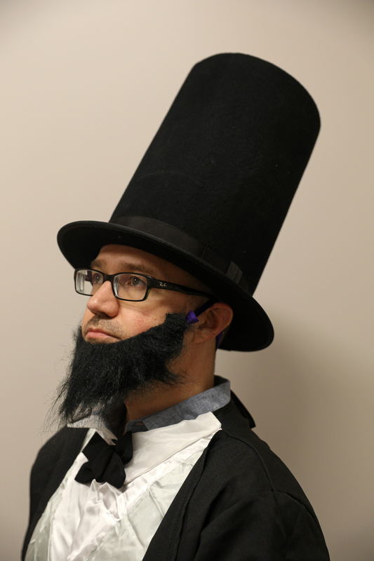 abraham lincoln costume.png
