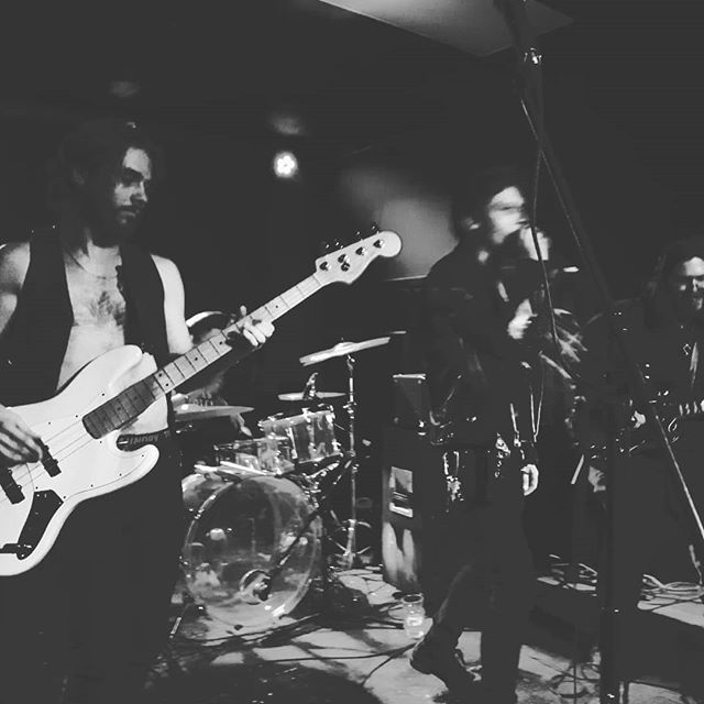 Some of us Tuskateers had the pleasure of sharing the stage with Nick from @moontanband for some sweet Sabbath action. Be sure to catch TUSK live March 10th at the cavern with @thesecretsband 🤘🤘