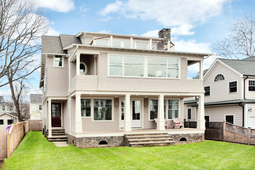 Compo Beach House -