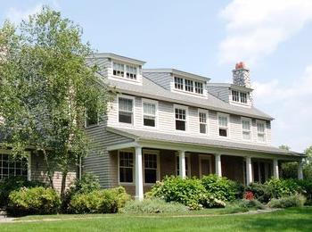 Clapboard Hill House<strong>WESTPORT, CONNECTICUT</strong>