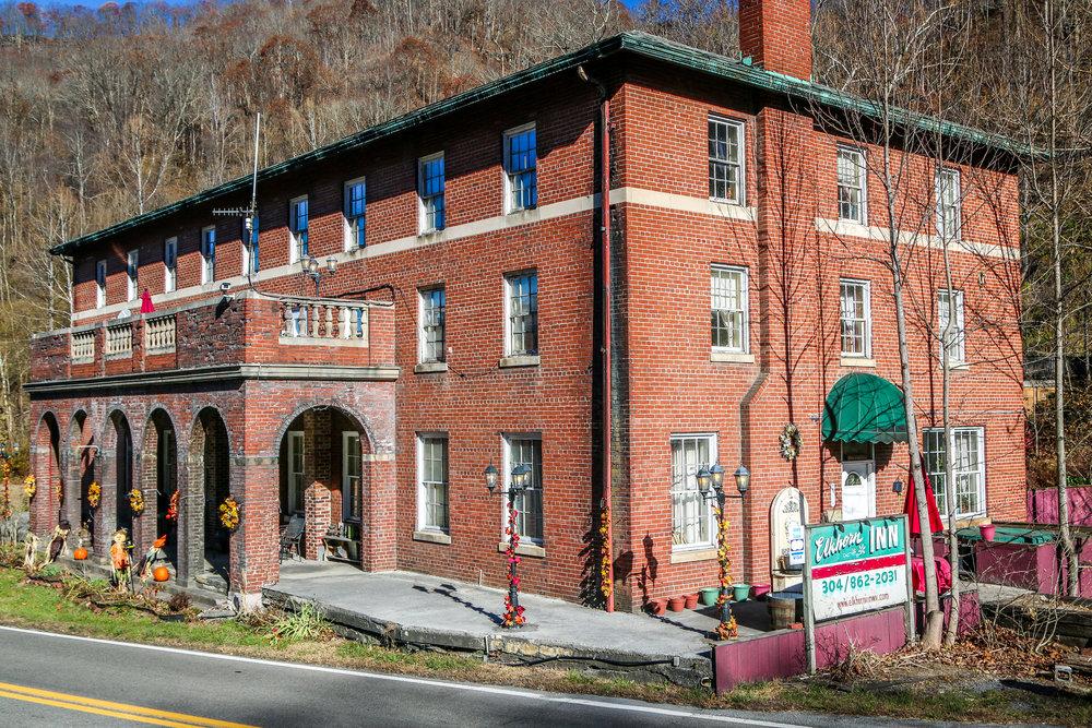 The Elkhorn Inn