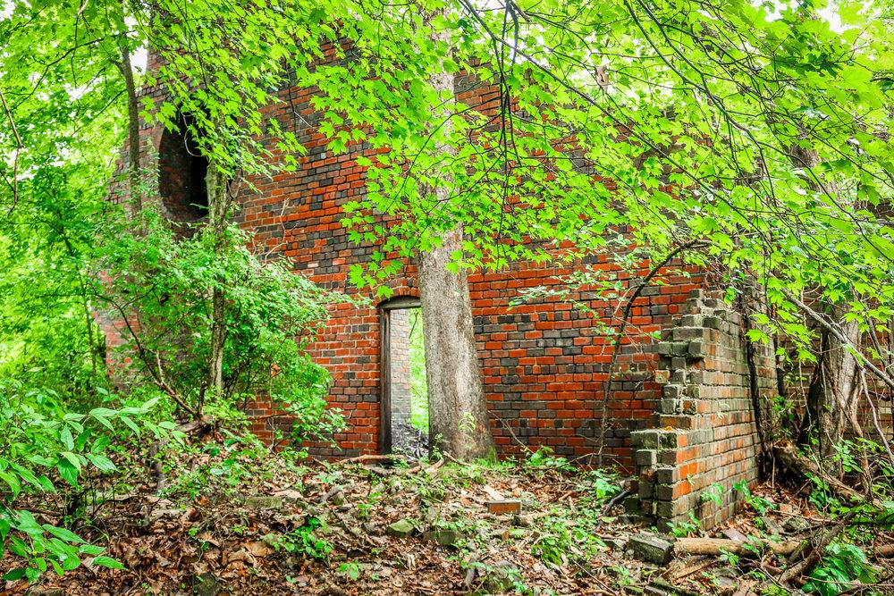 Sunday Creek Mine #6 Ruins in Millfield