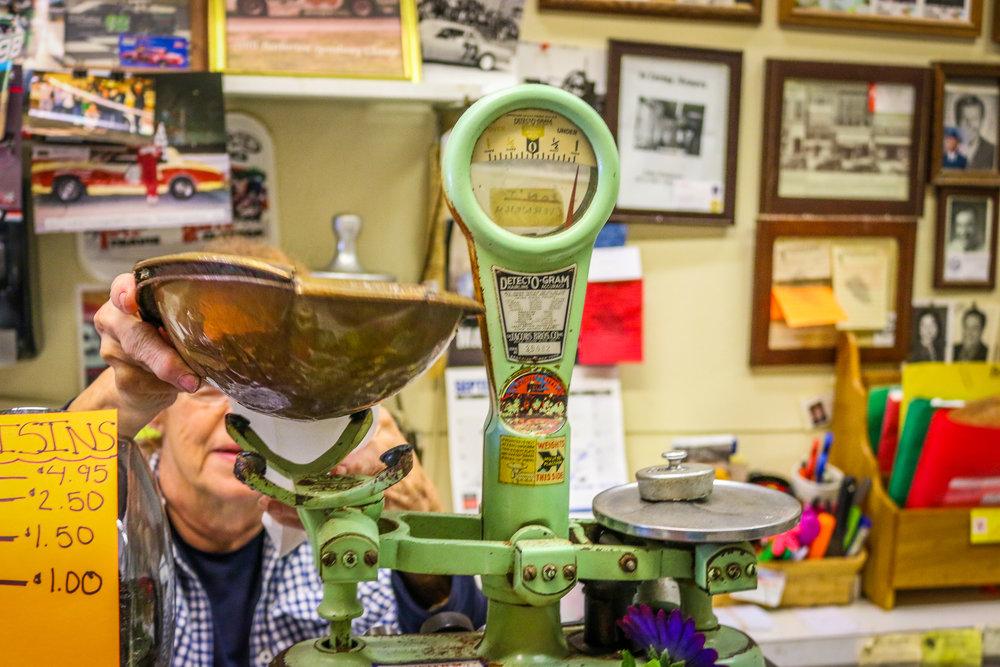Manual Scale at The Peanut Shoppe