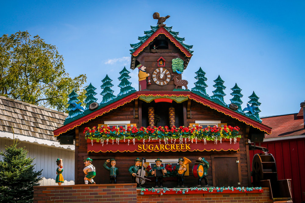 worlds largest cuckoo clock sugarcreek ohio