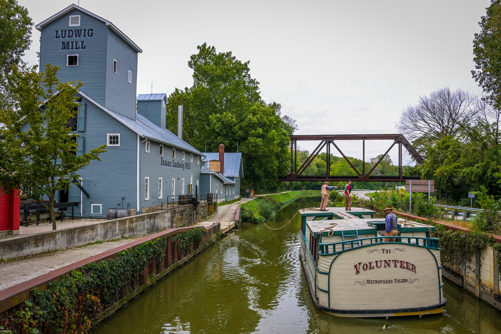 Canal Boat in Providence Metropark