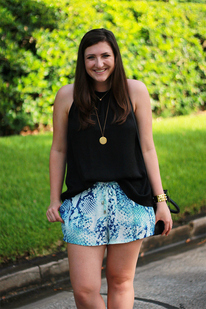Golden thread monogrammed necklace with blue snakeskin printed summer casual shorts
