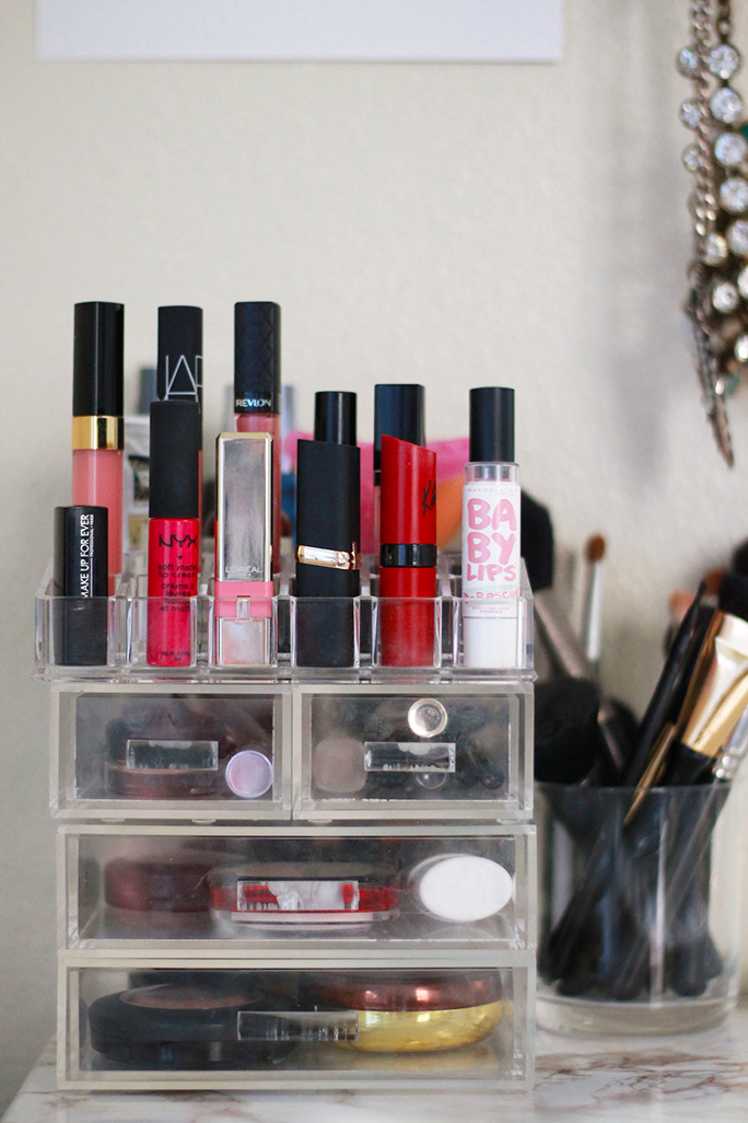 glam-box-makeup-storage
