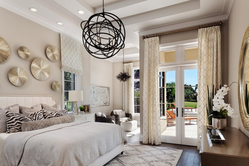 Socointeriors-Naplesluxuryinteriors-Transitionalbedroom.jpg