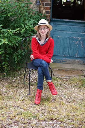Audrey in Red Boots 8.png