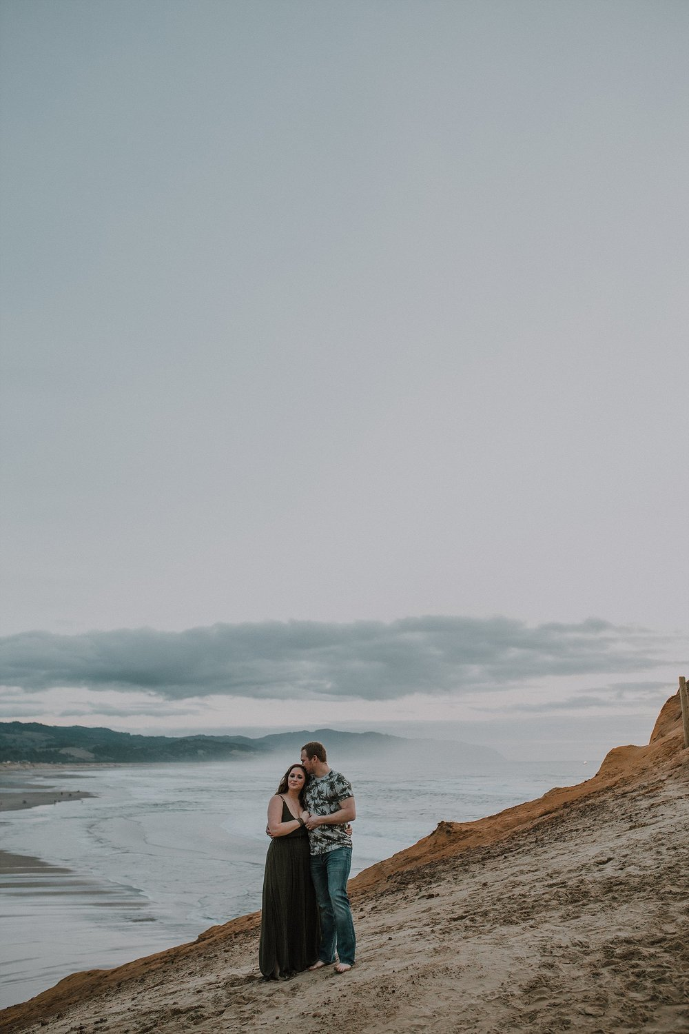Oregon Coast Engagement Photographer (9).jpg