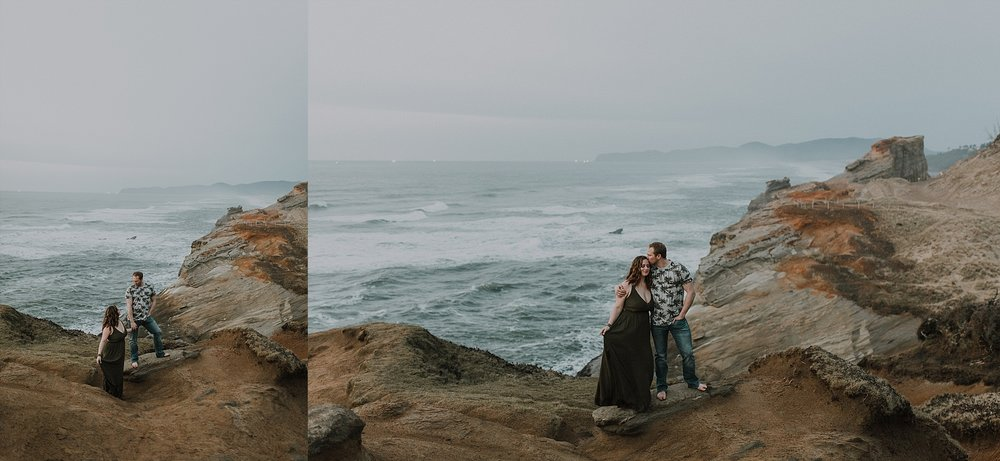 Oregon Coast Engagement Photographer (13).jpg