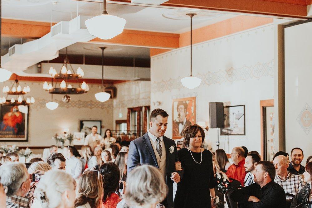 Oregon Wedding Photographer McMenamins (24).jpg