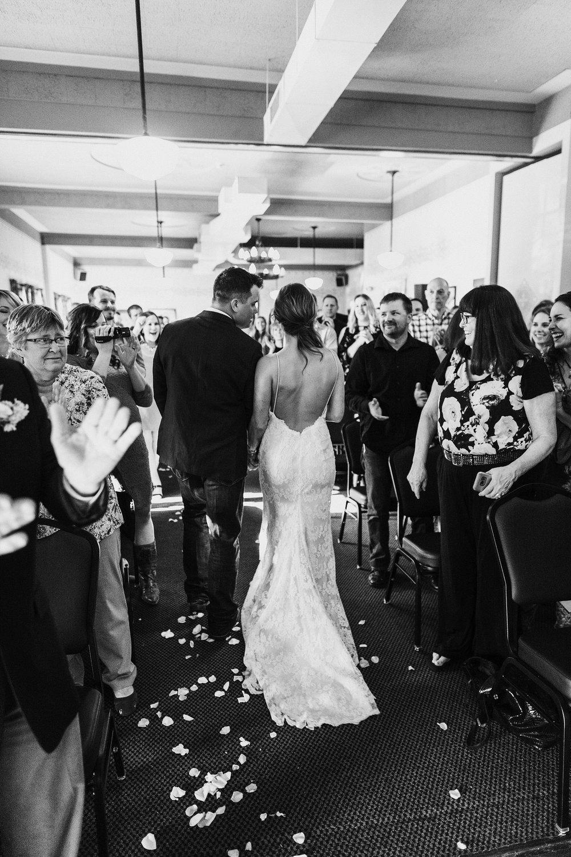 Oregon Wedding Photographer McMenamins (33).jpg
