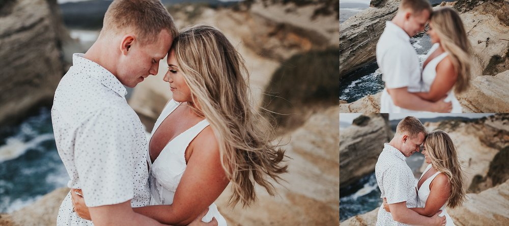 Lincoln City Oregon Coast engagement Photographer (14).jpg