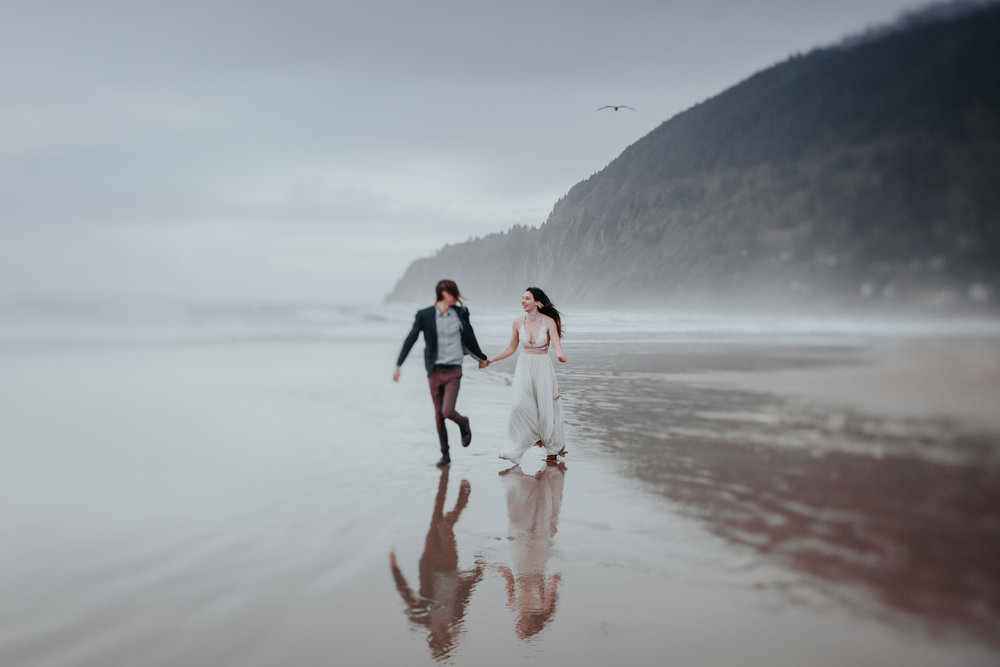 Oregon Engagement Photographers (92).jpg