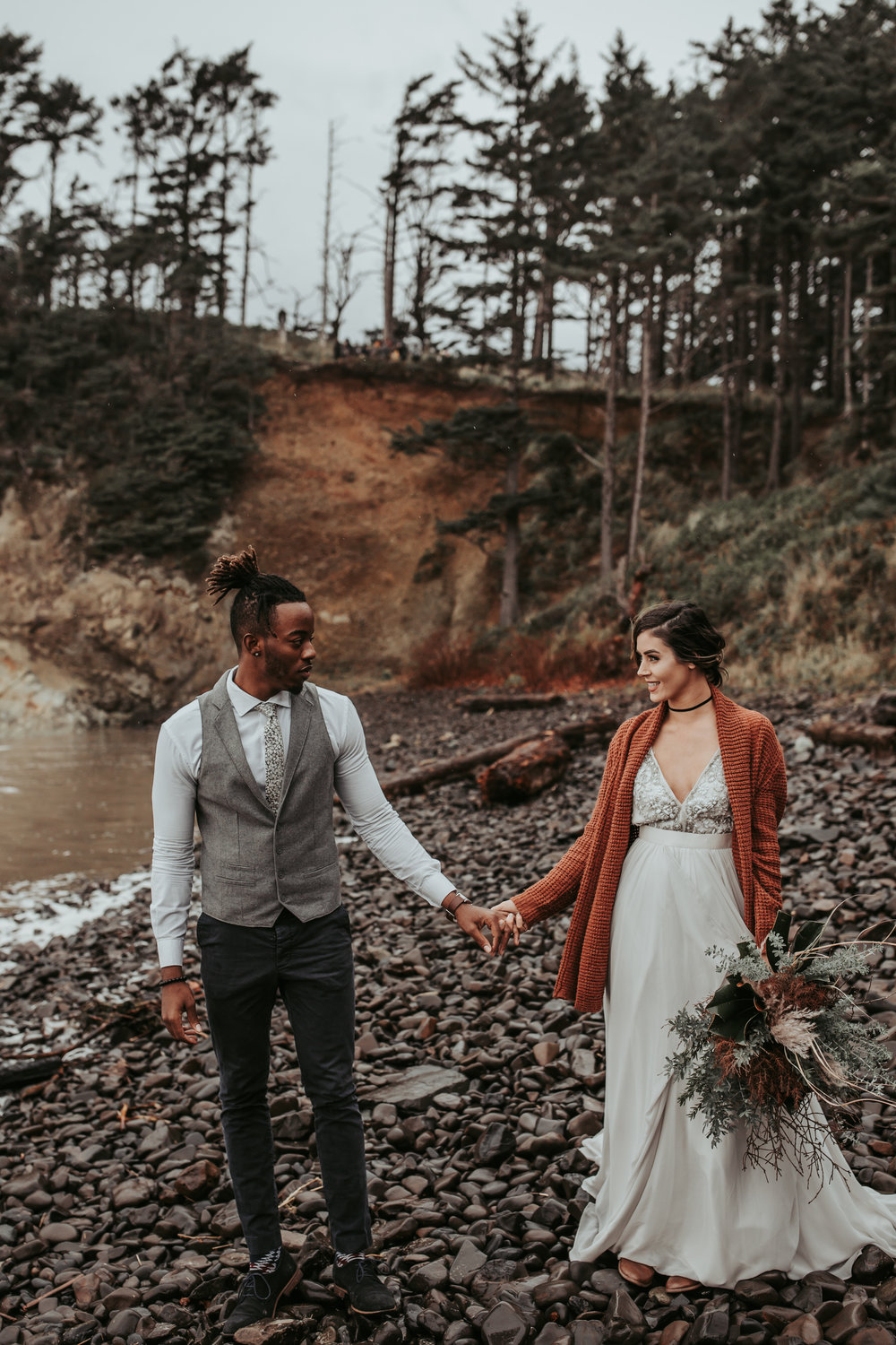 Oregon Engagement and elopement photographers (48).jpg