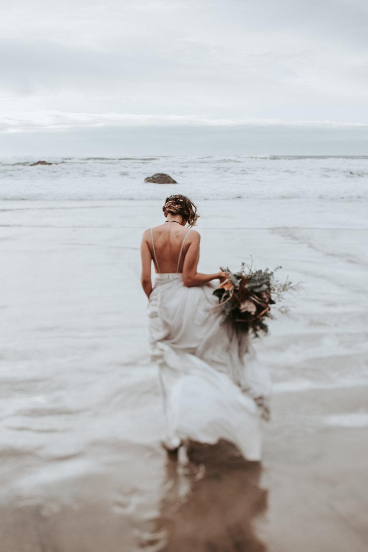 Oregon Engagement and elopement photographers (90).jpg