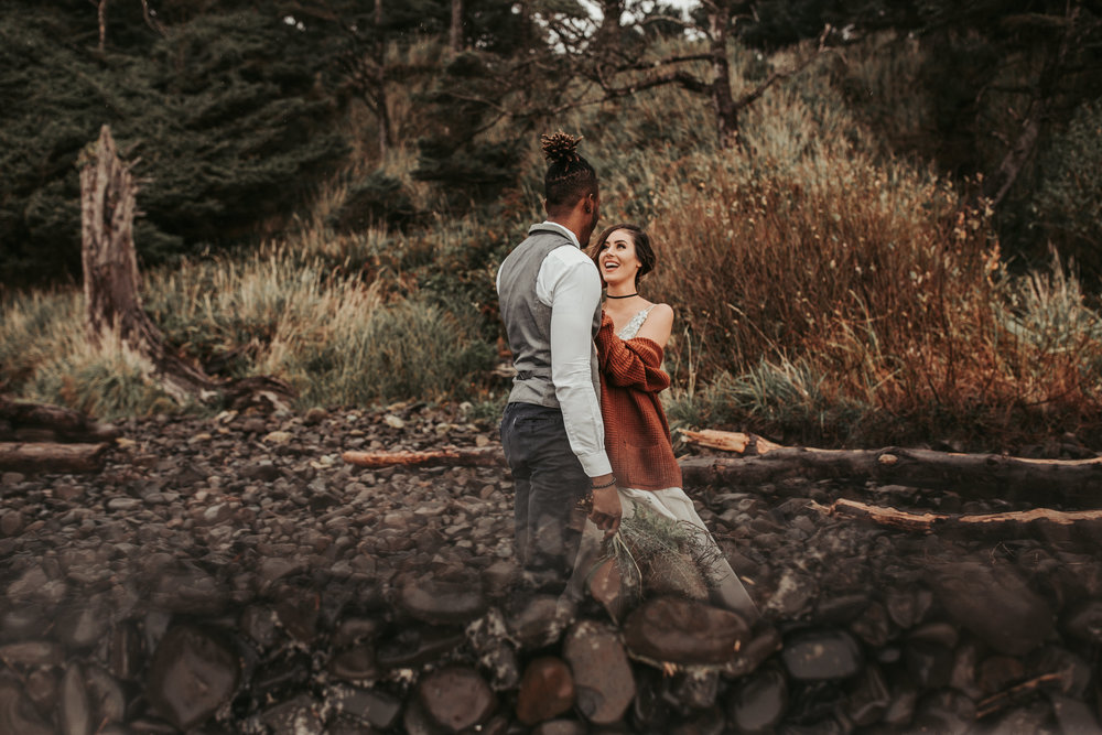 Oregon Engagement and elopement photographers (121).jpg